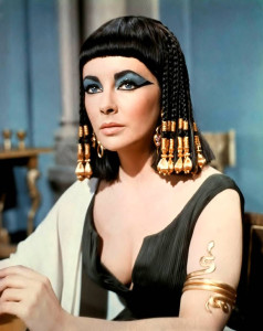 cleopatra-by-liz-taylor-egypt-is-a-heaven-24028559-800-1006